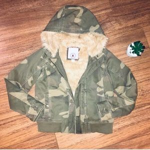 Vintage Gap Outdoor Division Camo Fur Jacket XS